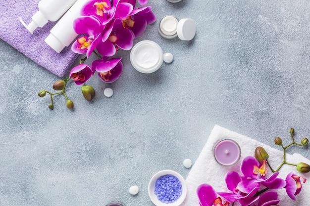 美容製品のあるスパ静物