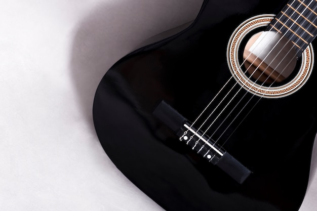 ギターの上から見る