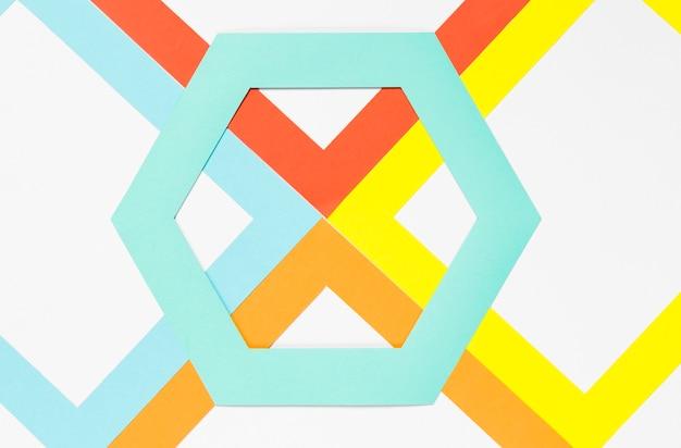 Вид сверху цветной бумаги с шестигранной
