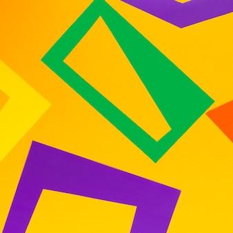 オレンジ色の背景上の幾何学的図形