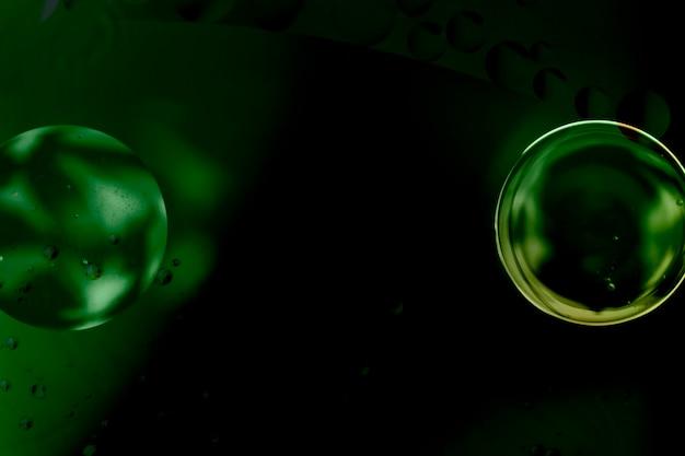 エレガントなグリーンバブルミラー抽象