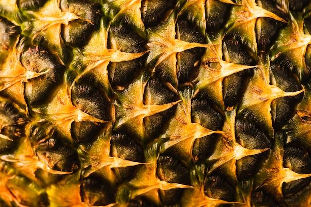 パイナップルの皮の背景のクローズアップ