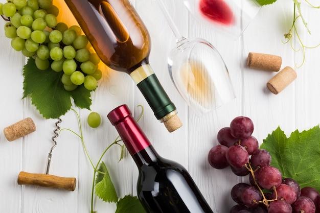 白と赤ワインの配置