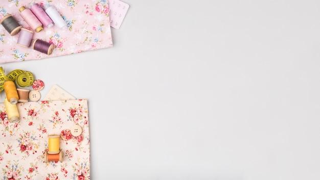 コピースペースで縫製用品のフラットレイアウト
