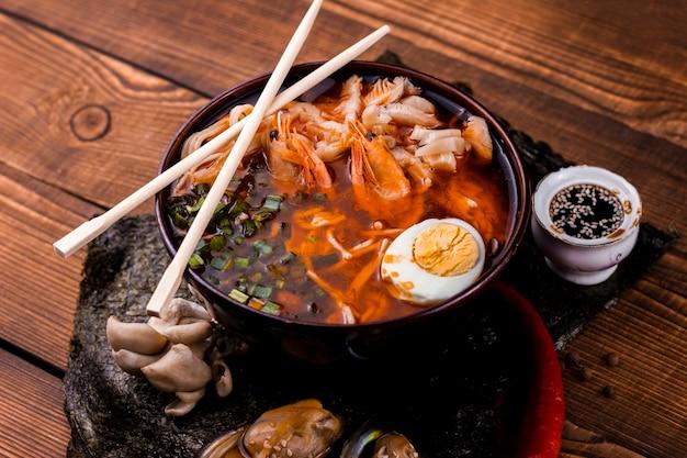 海鮮と野菜のラーメン