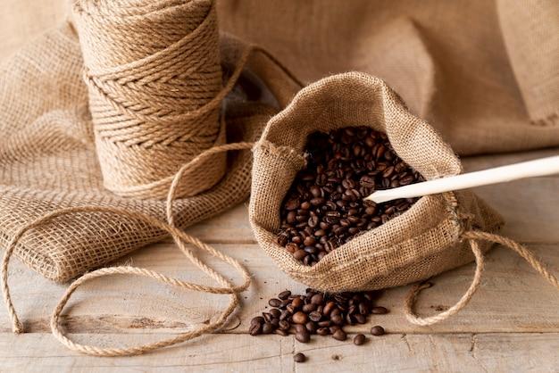 Мешковина с кофейными зернами