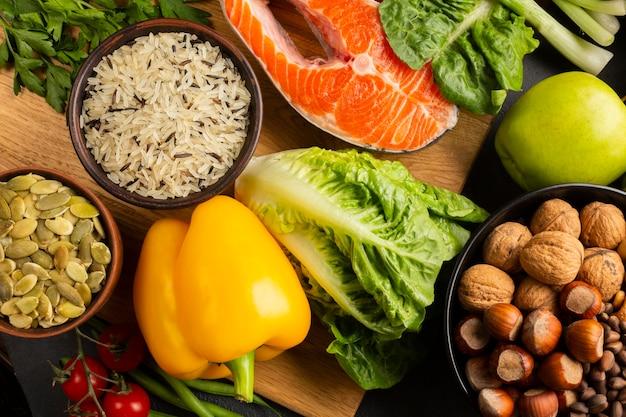 健康的な食材のクローズアップトップビュー