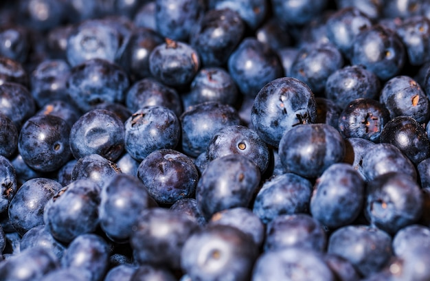 市場での販売のための健康的な果物