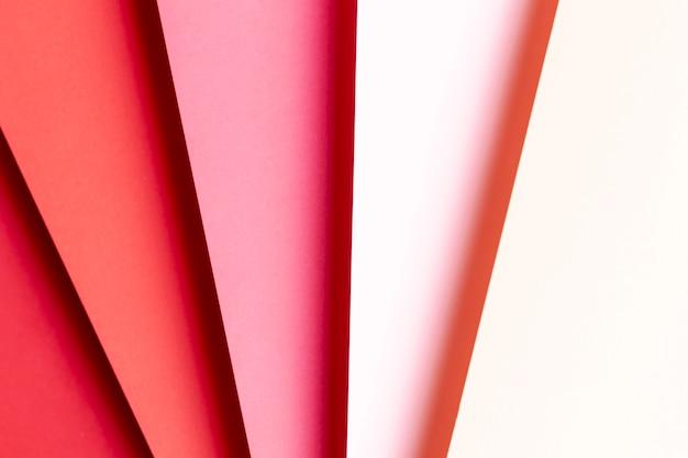赤い紙のクローズアップのさまざまな色合いのトップビュー