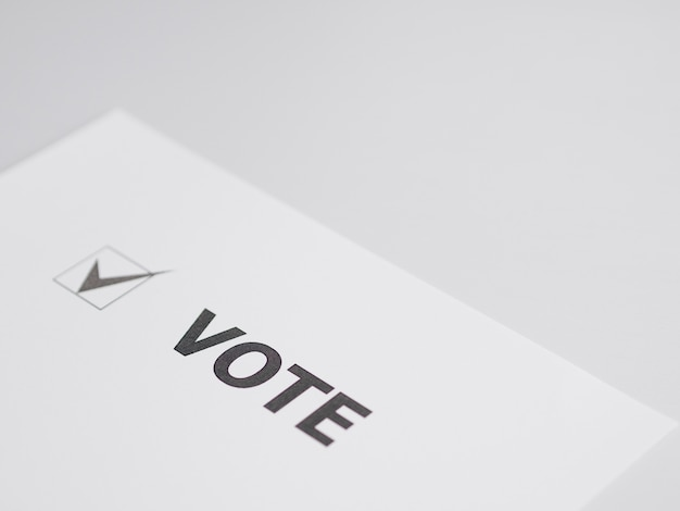 Флажок для голосования под большим углом