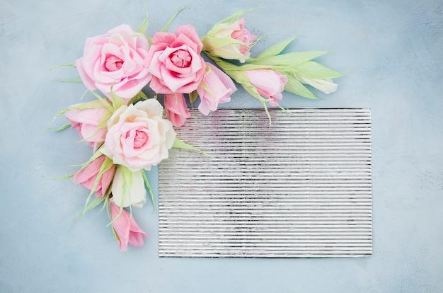 フラット横たわっていた装飾的な花のフレーム