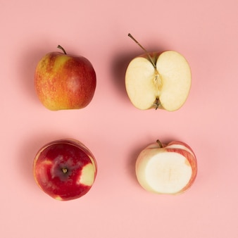 Крупный план яблок на фоне плинк