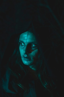 Портрет чудесного мага на хэллоуин
