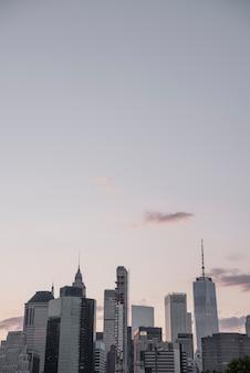 コピースペースを持つニューヨークのスカイライン