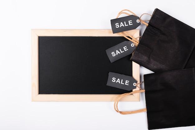 買い物袋のトップビュー黒板