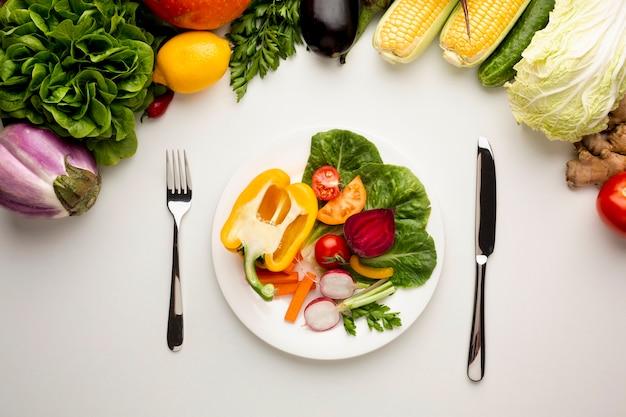 フラット横たわっていた健康的な食事
