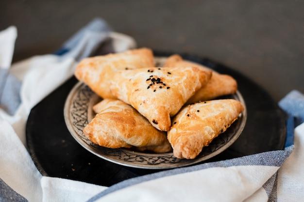 おいしい伝統的なインドのベーカリーパイ