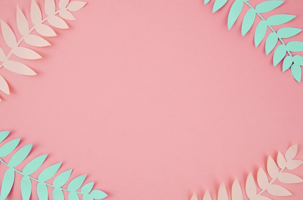 紙の熱帯の葉はカットスタイルピンクとブルー