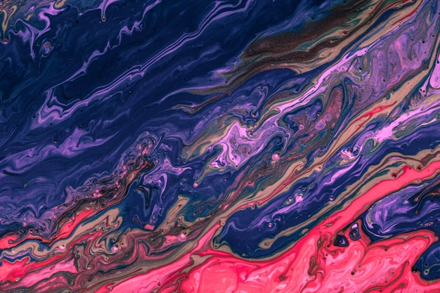アクリルの鮮やかな色のカラフルな青と赤のミックス