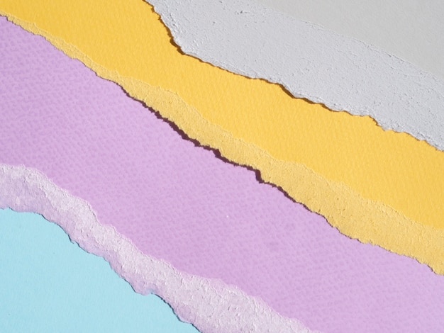 カラフルな抽象的な破れた紙の端