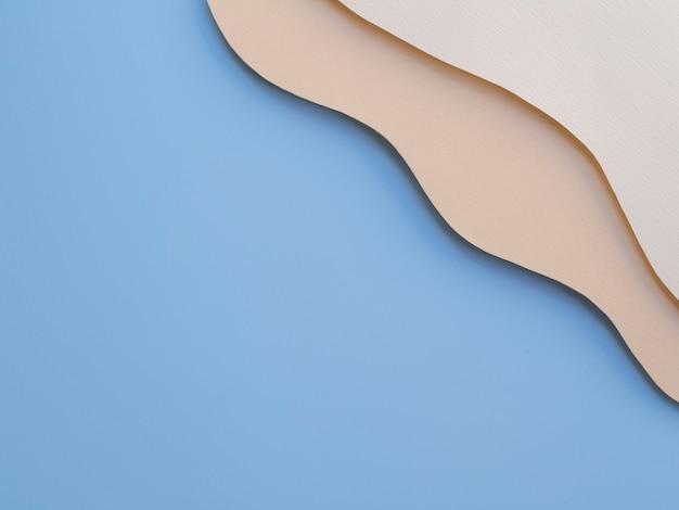 抽象的な紙波のオーシャンブルーコピースペース