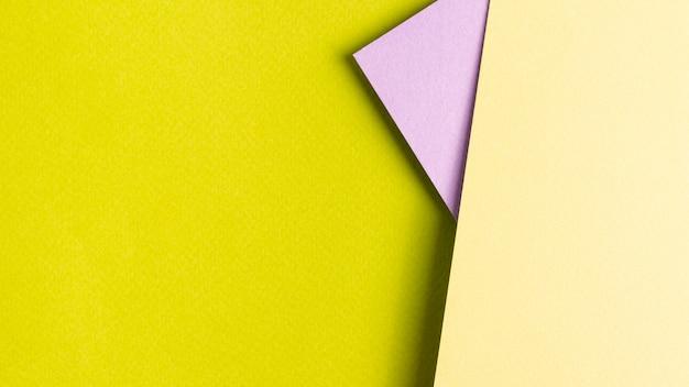 Набор листов бумаги с копией пространства