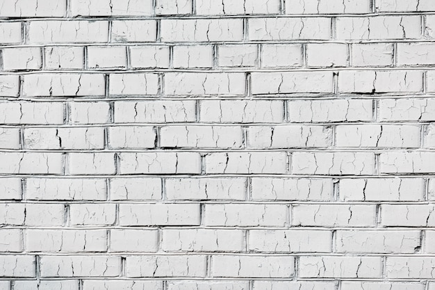 Старая белая кирпичная стена