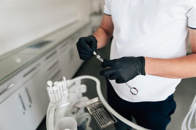Высокий угол стоматологического удерживающего оборудования