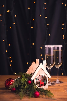 新年会や飲み物の装飾