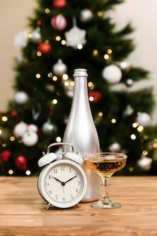 Низкий угол нового года накануне