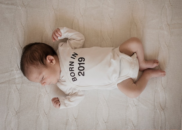 かわいい赤ちゃんの平面図の肖像画