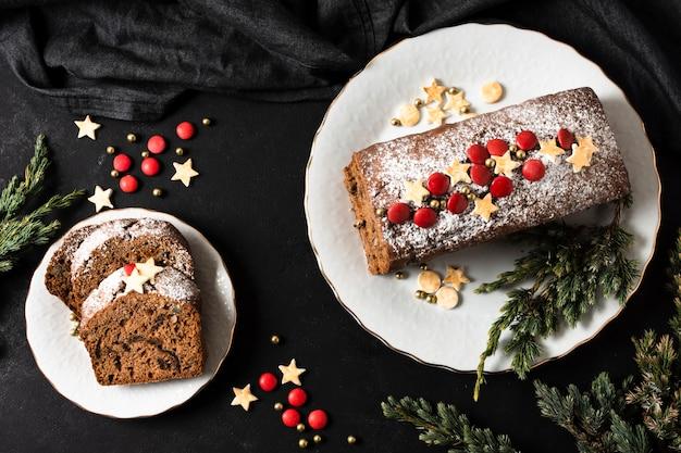 クリスマスパーティーのおいしいケーキ