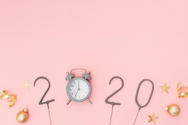 コピースペースでお祝い新年パーティーの装飾