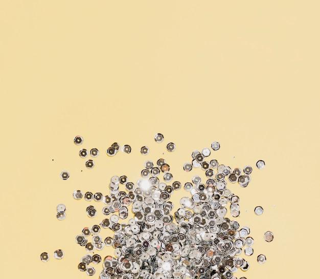 Серебряные блестки с копией пространства