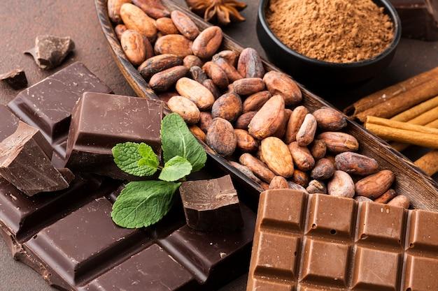 チョコレートの配置のクローズアップ