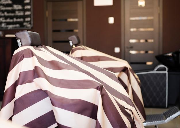 プロの理髪店の椅子