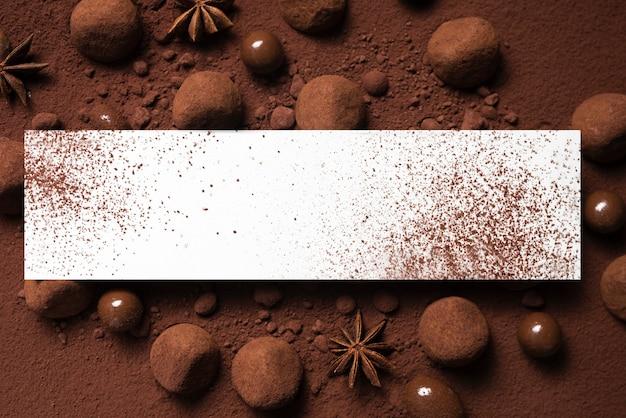 Трюфели и какао-порошок с макетом прямоугольника