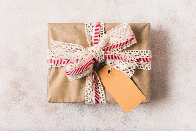 リボンで包まれたプレゼントのクローズアップ