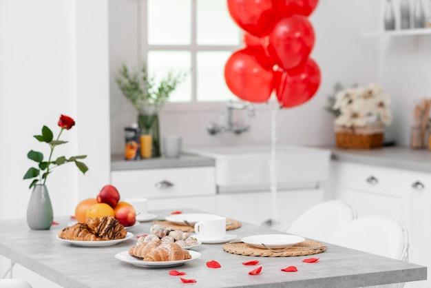 バレンタインデーのキッチン装飾