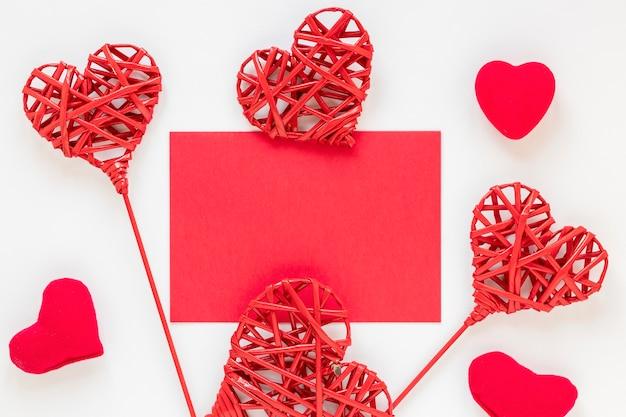 ハート形のバレンタイン紙