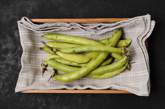 かごの中の豆の平面図