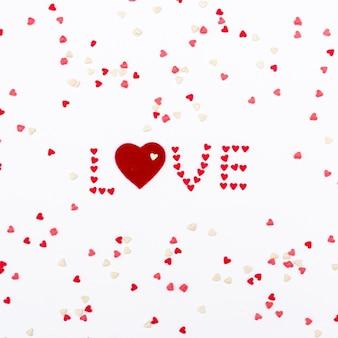 Любовь с сердечками на день святого валентина
