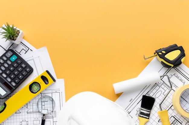 Ремонт поставляет инструменты с копией пространства