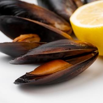 調理されたムール貝のクローズアップ