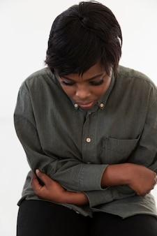Портрет грустной афроамериканской женщины