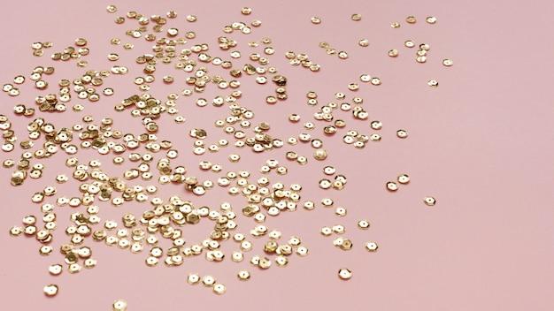 Золотые блестки украшения высокий вид
