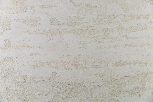 Шероховатая поверхность стены