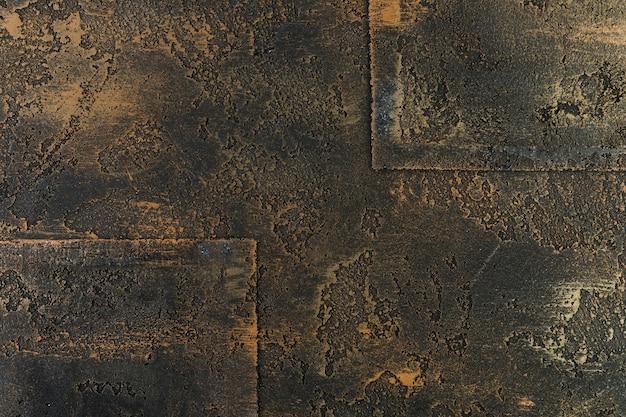 錆の質感を持つ金属構造