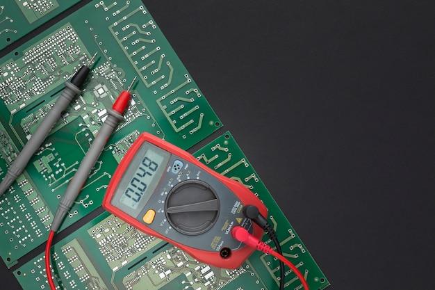 コピースペースを持つクローズアップ回路基板