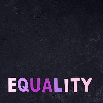 Концепция равенства и черная копия космический фон